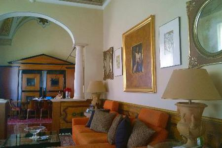 Luxury townhouses for sale in Lecce (city). Palace for sale in Apulia in the historical center of Lecce