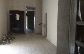 4 bedroom houses for sale in Malta. 300 year old farmhouse in a quite area of Siggiewi