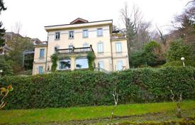 Luxury houses for sale in Piedmont. Villa – Piedmont, Italy