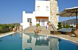 6 bedroom houses by the sea for sale in Sisi. Villa – Sisi, Crete, Greece