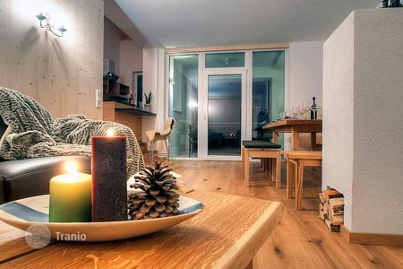 Apartments for rent with swimming pools in Austrian Alps. Apartment – Pettneu am Arlberg, Tyrol, Austria
