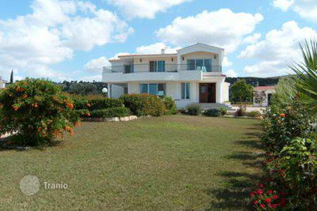 Luxury houses for sale in Chloraka. Three Bedroom Luxury Villa