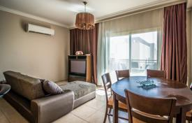 Apartments with pools by the sea for sale in Agios Tychon. Apartment – Agios Tychon, Limassol, Cyprus