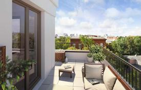 Apartments for sale in Mitte. Great penthouse with 4 terraces