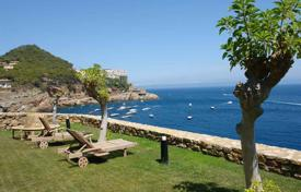 Luxury 6 bedroom houses for sale in Southern Europe. Unique villa with private access to the cove of Sa Tuna, Begur