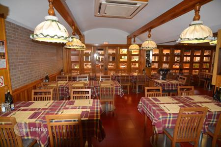 Restaurants for sale in Spain. Busy well run restaurant in the Cita Centre