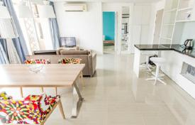 Cheap apartments for rent with swimming pools in Chonburi. Two-bedroom apartment in Pattaya, Thailand. Swimming pools for adults and children, five jacuzzis, gym, 350 meters from the sea