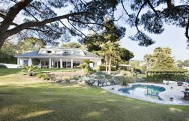 5 bedroom houses for sale in Barcelona. Beautiful villa with a garden, a sea view and a pool in a prestigious residential complex, Sant Vicenç de Montalt, Spain
