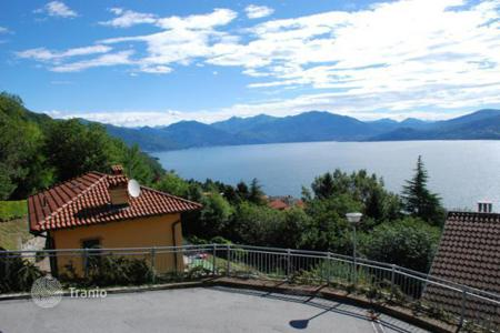 3 bedroom houses for sale in Piedmont. Villa - Ghiffa, Piedmont, Italy