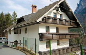 2 bedroom apartments for sale in Slovenia. Apartment – Radovljica, Slovenia