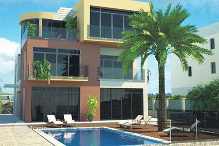 Houses with pools by the sea for sale in Croatia. New villa under construction in one of the best areas of Pula