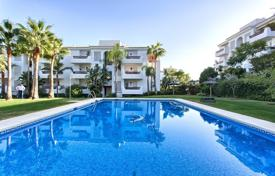 Cheap 3 bedroom apartments for sale in Costa del Sol. Apartment – Estepona, Andalusia, Spain