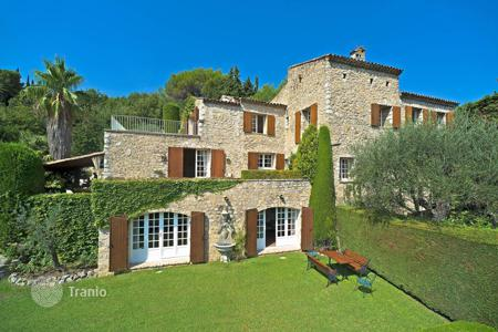 Luxury 5 bedroom houses for sale in Mougins. Mougins — Magnificent Mas