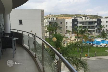 Apartments with pools for sale in Pyla. Two Bedroom Penthouse with Communal Pool