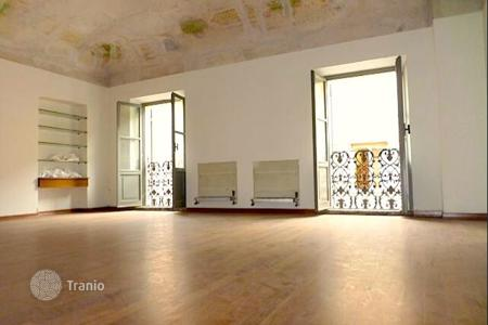 Offices for sale in Italy. Spacious office with historic frescoes on the ceilings in a prestigious area in the center of the city, Rimini, Italy