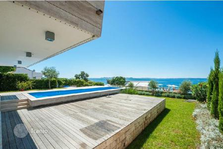 Property for sale in Zadar County. Villa ZADAR. Petrčane — luxury resort on the sea