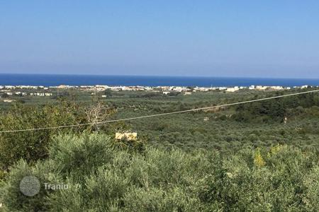 Cheap land for sale in Crete. Land for construction next to Kournas lake – Chania