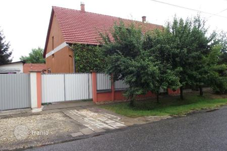 Houses for sale in Bekes. Detached house - Gyula, Bekes, Hungary