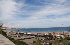 Coastal apartments for sale in Gran Canaria. Luxury apartment at the Seafront in Playa del Ingles