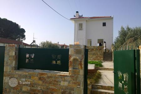 3 bedroom houses by the sea for sale in Thessalia Sterea Ellada. Villa - Thessalia Sterea Ellada, Greece