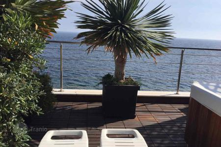 2 bedroom houses for sale in Sanremo. Villa above the sea