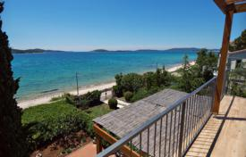 Bright apartment house with three flats with terraces on the first line from the sea, Šibenik, Šibensko-Knin County, Croatia for 650,000 €
