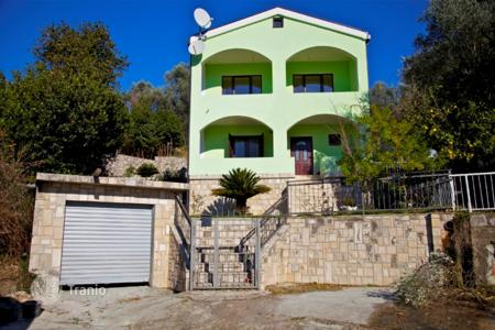 5 bedroom houses for sale in Budva. Detached house – Petrovac, Budva, Montenegro