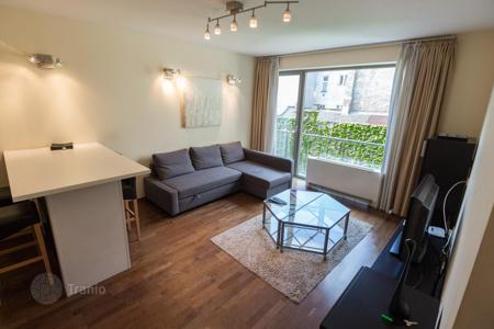 Property for sale in District VI (Terézváros). Fully furnished apartment in a new residential complex with pool and fitness center in Budapest next to the Opera. High rental potential!