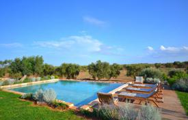 2 bedroom villas and houses to rent in Southern Europe. Masseria del Fico