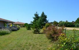 Cheap agricultural land for sale in France. Agricultural – Gers, France
