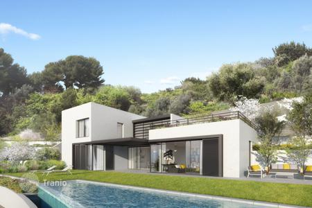 Luxury 3 bedroom houses for sale in Nice. Magnificent new contemporary villa in a private domain in Nice Gairaut