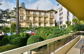 Residential for sale in Cimiez. Heart of Cimiez, elegant 3 room apartment with terrace and garage