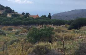 Cheap property for sale in Heraklion. Plot of land in a quiet mountain area with spectacular views of the mountains and the sea, in the village Kunavi