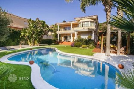 5 bedroom houses for sale in Teià. Townhome - Teià, Catalonia, Spain
