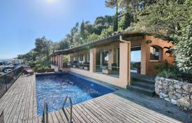 4 bedroom houses for sale in Gerona (city). Three-storey villa with a pool and terraces overlooking the sea, in the bay of Aiguablava, Begur, Spain