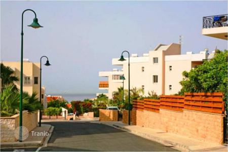 Coastal townhouses for sale in Pyrgos. Terraced house – Pyrgos, Limassol, Cyprus