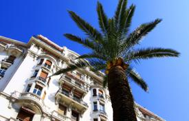 3 bedroom apartments for sale in Nice. Comfortable apartment with panoramic views of the city and the sea, Cimie, Nice, France