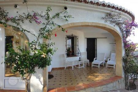 Foreclosed houses with pools for sale in Southern Europe. Villa – Javea (Xabia), Valencia, Spain