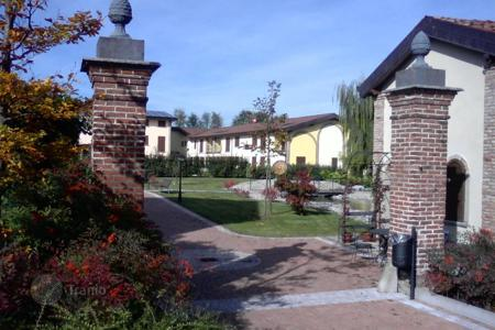 Apartments for sale in Liscate. Apartment – Liscate, Lombardy, Italy