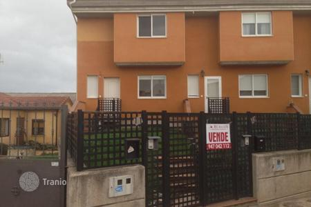 Foreclosed 3 bedroom houses for sale in Burgos. Villa – Burgos, Castille and Leon, Spain