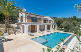 Luxury houses for sale in Opio. Cannes backcountry — Charm and modernity