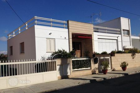 Townhouses for sale in Nicosia (city). Three Bedroom house with large basement space