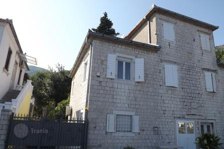 4 bedroom houses by the sea for sale in Montenegro. Villa – Herceg Novi (city), Herceg-Novi, Montenegro