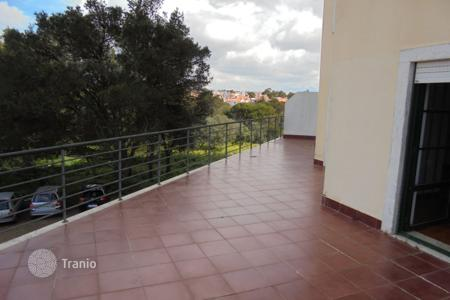 Cheap apartments for sale in Lisbon. Spacious apartment with a terrace, a balcony and a garage in the city center close by the ocean, Cascais, Portugal