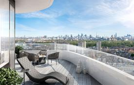 Property for sale in London. Three-room apartment with a terrace in a new residential complex with a concierge, a gym and an underground parking, London, UK