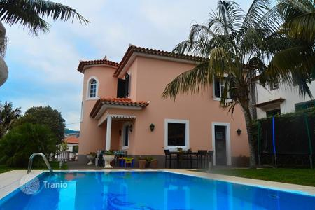 Property for sale in Madeira. Magnificent four bedroom villa in Funchal