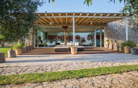 Residential for sale in Apulia. Spacious villa with a swimming pool, Santa Maria di Leuca, Italy