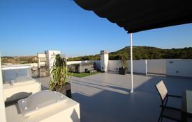 Cheap 3 bedroom houses for sale in Valencia. Penthouse of 3 bedrooms in Guardamar del Segura