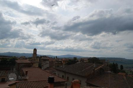 Property for sale in Chiusi. Apartment with garage in Chiusi