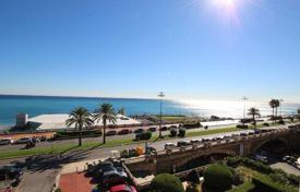 3 bedroom apartments for sale in Genoa. Four-room apartment with a sauna by the sea in Genoa, Liguria, Italy